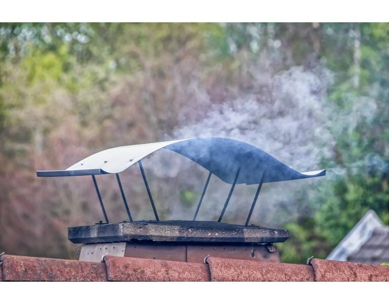 5 Motivos habituales por los cuales revoca humo de una chimenea o barbacoa
